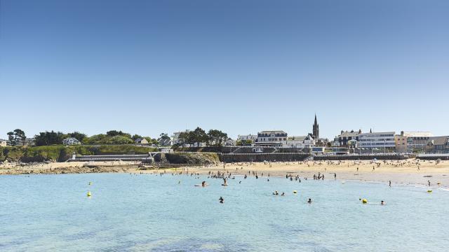 saint-quay-portrieux-plage-du-casino-a-lamoureux.jpg