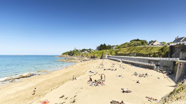 saint-quay-portrieux-plage-du-chatelet-a-lamoureux.jpg