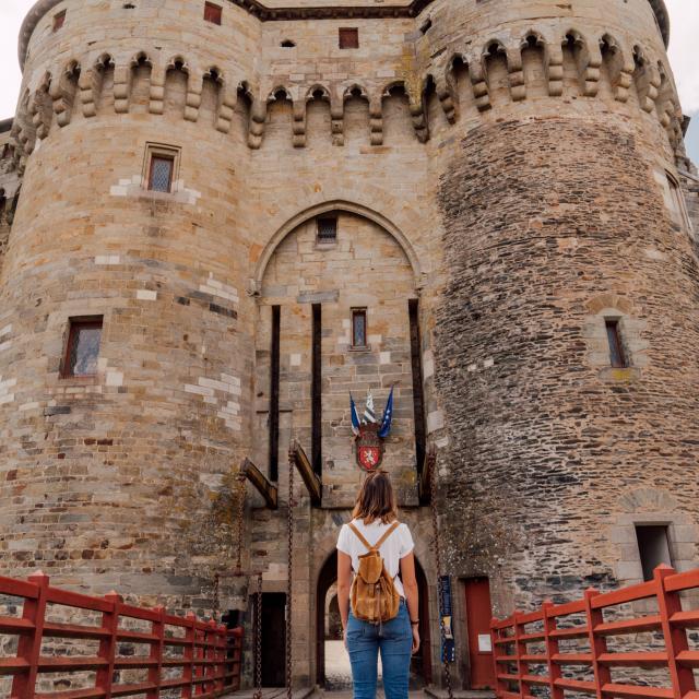Vitré - entrée du Château