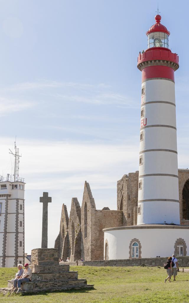 Plougonvelin - Pointe Saint-Mathieu - Le phare et l'abbaye