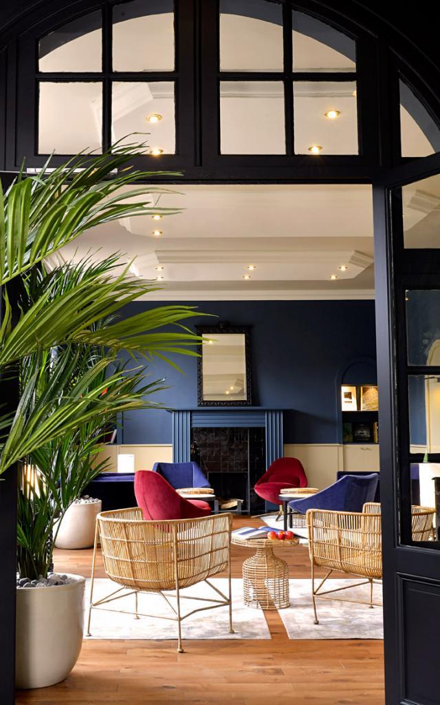 Hôtel De Diane Sable D'or Les Pins Salon Bleu 4
